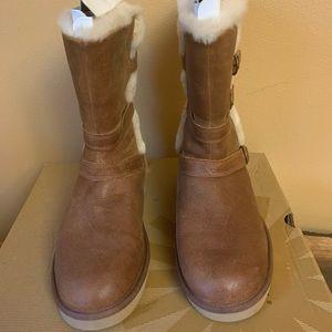 Women Nubuck chestnut Ugg boots